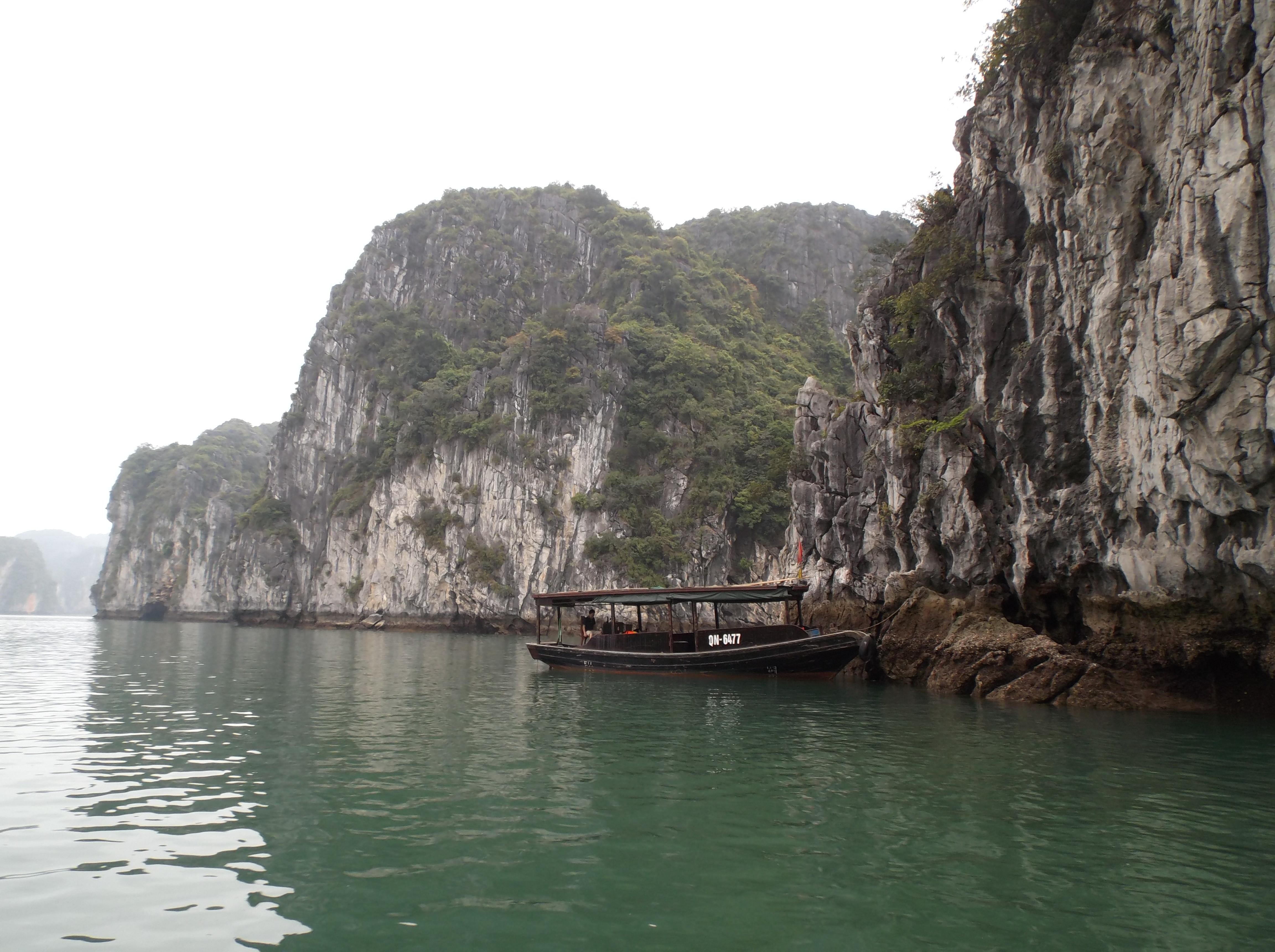Bateau de pêcheur, Baie de Bay Tu Long