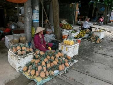 Mai Chau, marchandes d'ananas