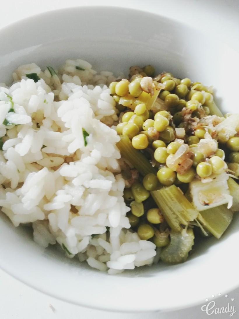 Risotto à la coriandre et ses légumes verts