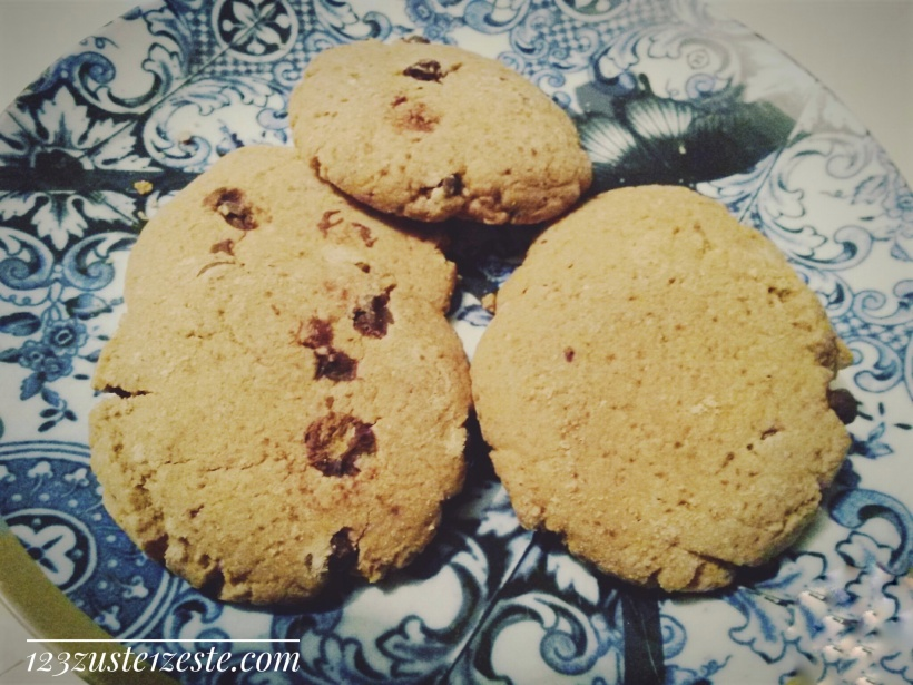 Biscuits beurre de cacahuètes et chocolat noir