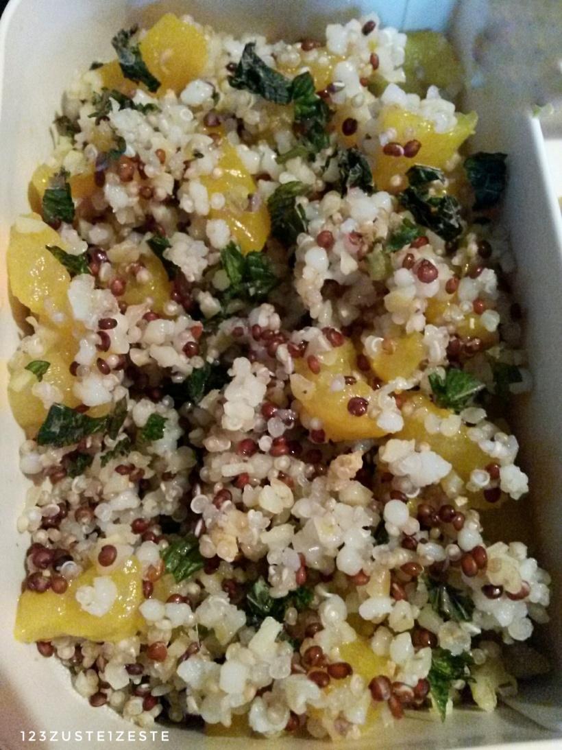 Salade de quinoa au poivron et à la menthe