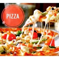 PIZZA c'est le nouveau thème de mon défi  Alors si le sujet vous inspire rdv sur mon blog une SURPRISE vous y attend  http://www.latabledeclara.fr/207/08/appropriez-vous-la-recette-5.html #defi #appropriezvouslarecette5 #latabledeclara #pizza #pizza� #italia