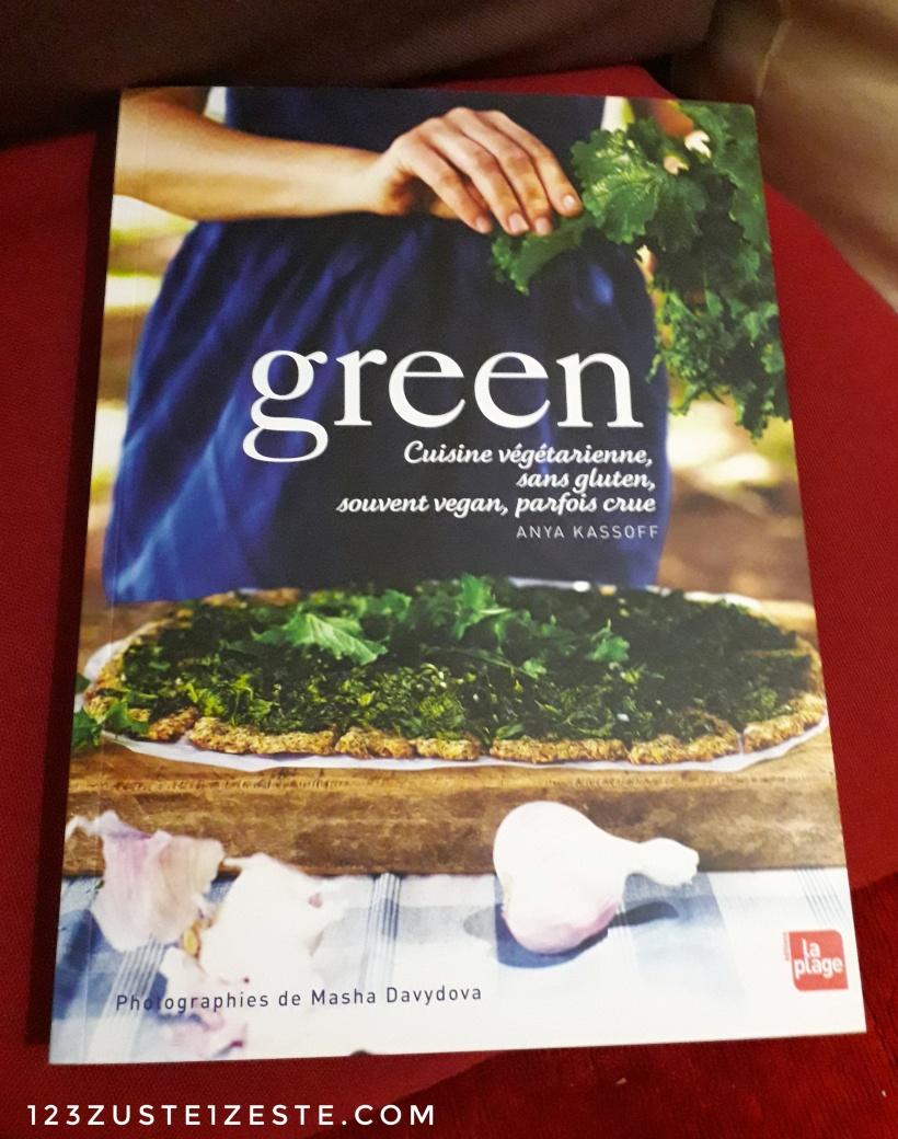 Livre Green de Anya Kassoff